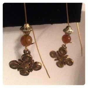 Jewelry - Really cute earrings! Pierce & dangles with hook